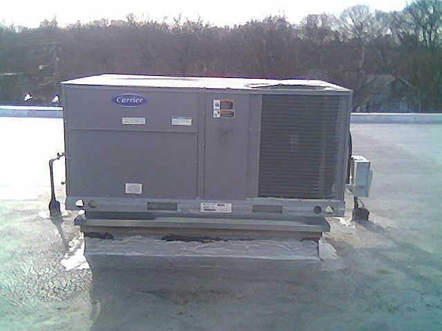Carrier Rooftop - 10 ton HVAC unit in Holtsville, NY
